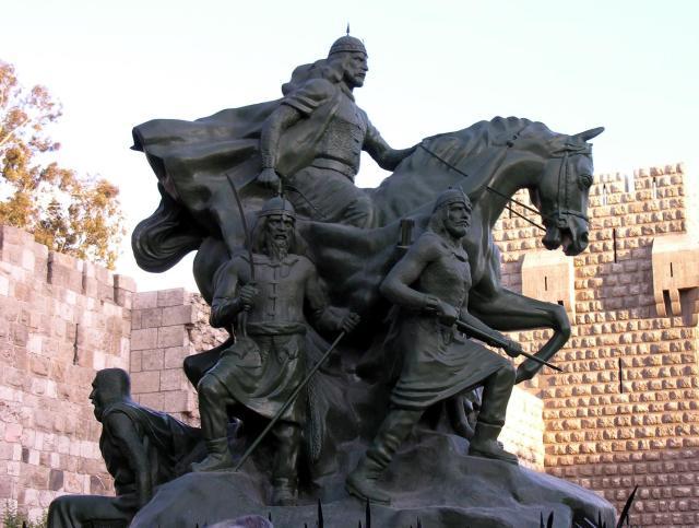 Standbeeld Saladin Damascus