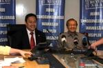 AGA DAN Mahathir Mohammad